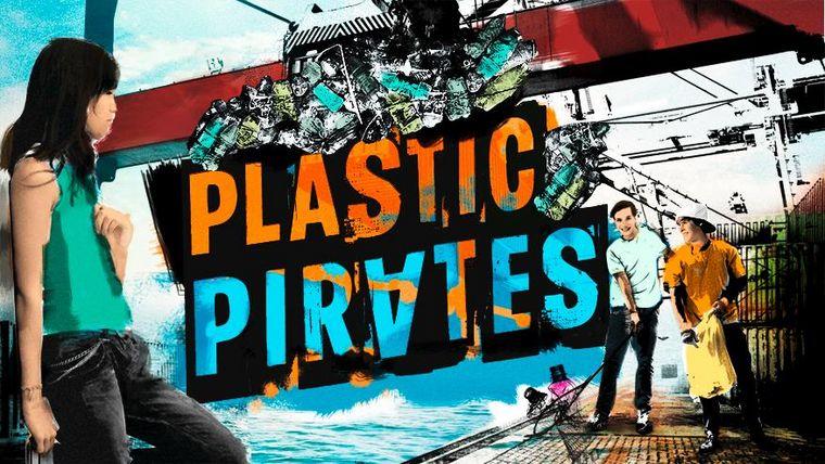 "Key Visual der Jugendaktion ""Plasticpirates – The sea starts here"""