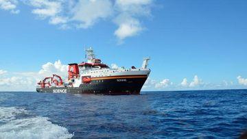 Foschungsschiff SONNE im indischen Ozean