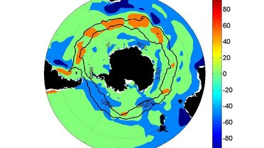 Graphic of the annual mean surface heating of the ocean
