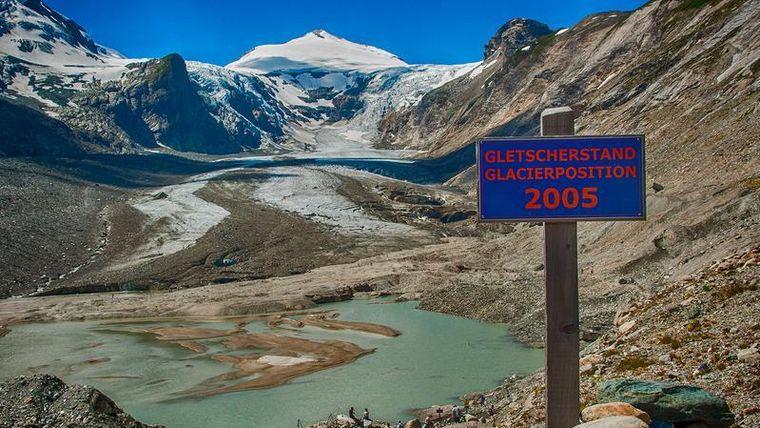 Der größte Gletscher unterhalb des Großglockners verliert immer mehr an Eisfläche